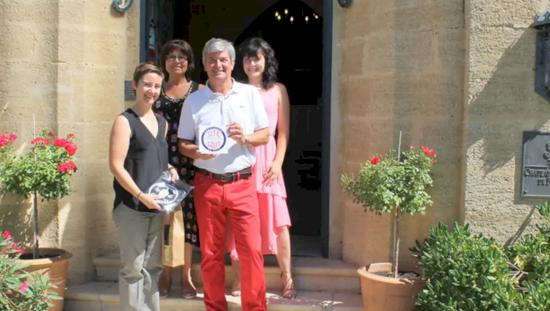 The hostellerie du Château des Fines Roches honored